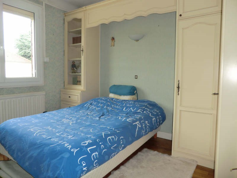 Sale house / villa Orry la ville 335000€ - Picture 5