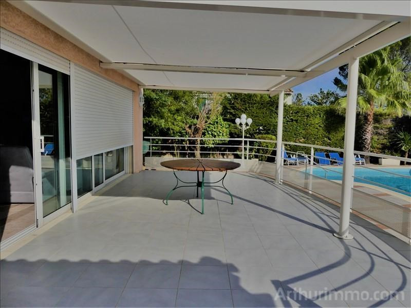 Deluxe sale house / villa St georges d orques 597000€ - Picture 3