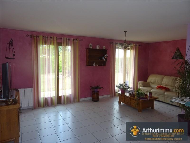 Sale house / villa Bourgoin jallieu 258000€ - Picture 6