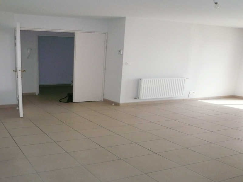 Location appartement Nimes 730€ CC - Photo 3