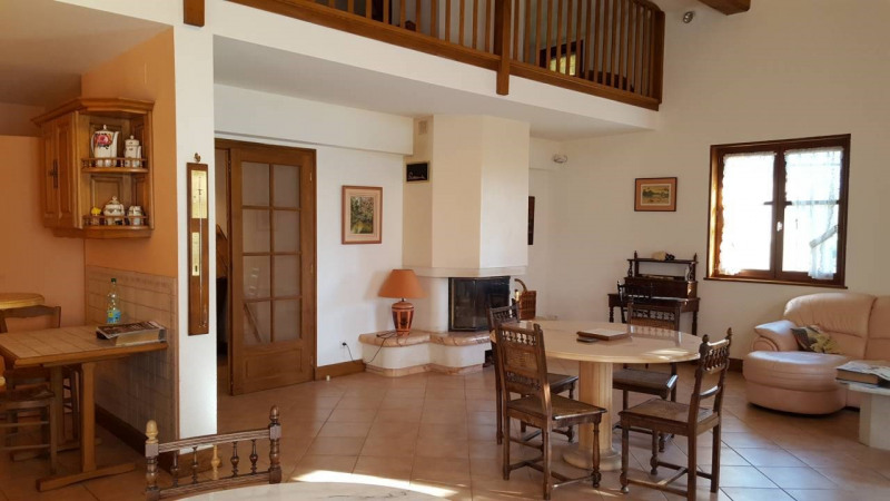 Sale house / villa Cuisery 269 000€ - Picture 3