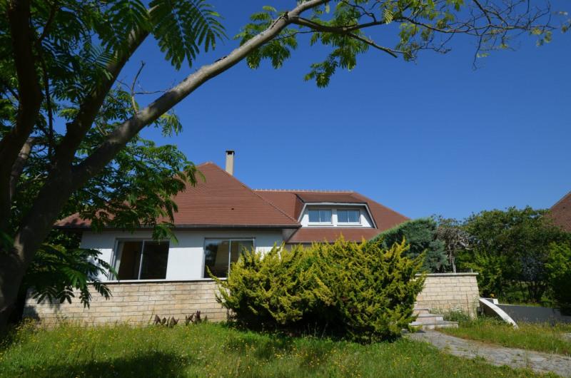 Revenda casa Croissy-sur-seine 990000€ - Fotografia 1