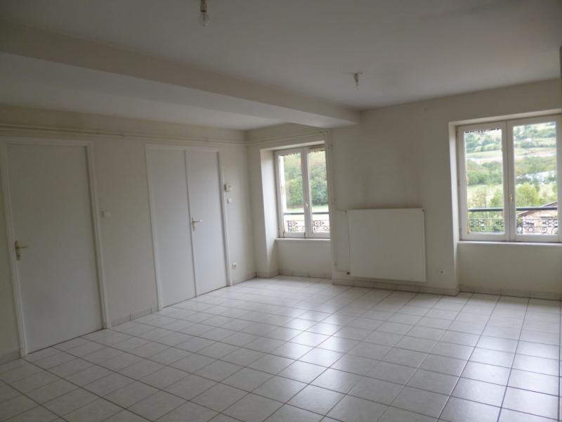 Location appartement Pontcharra sur turdine 530€ CC - Photo 2