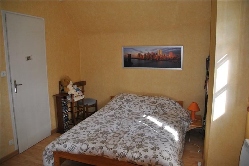 Sale house / villa Montereau 241680€ - Picture 2