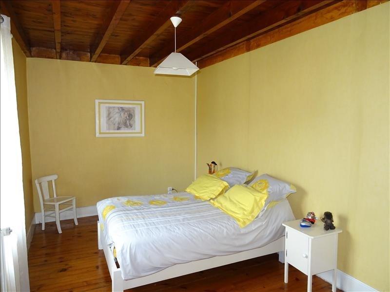 Sale house / villa Eyzin pinet 225000€ - Picture 8