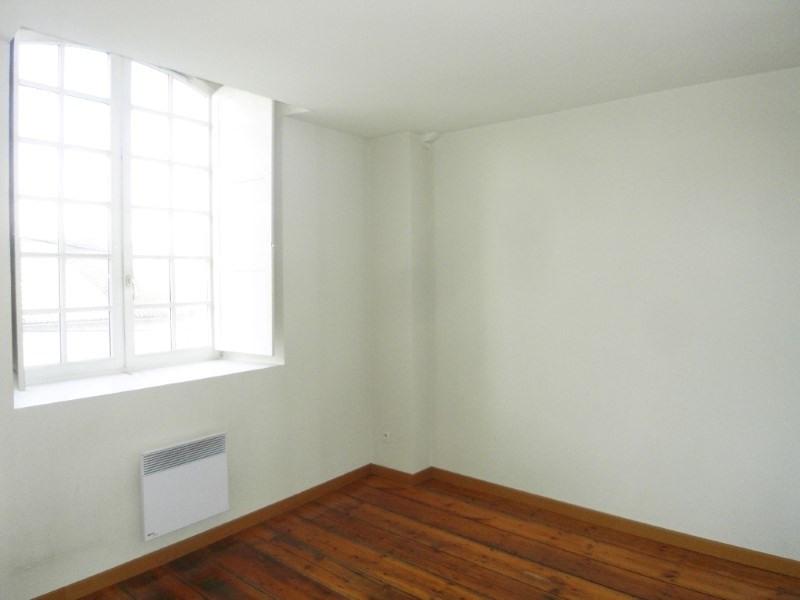 Location appartement Cognac 505€ CC - Photo 3