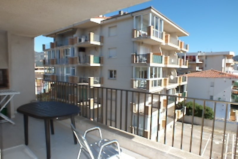Location vacances appartement Roses santa-margarita 384€ - Photo 8