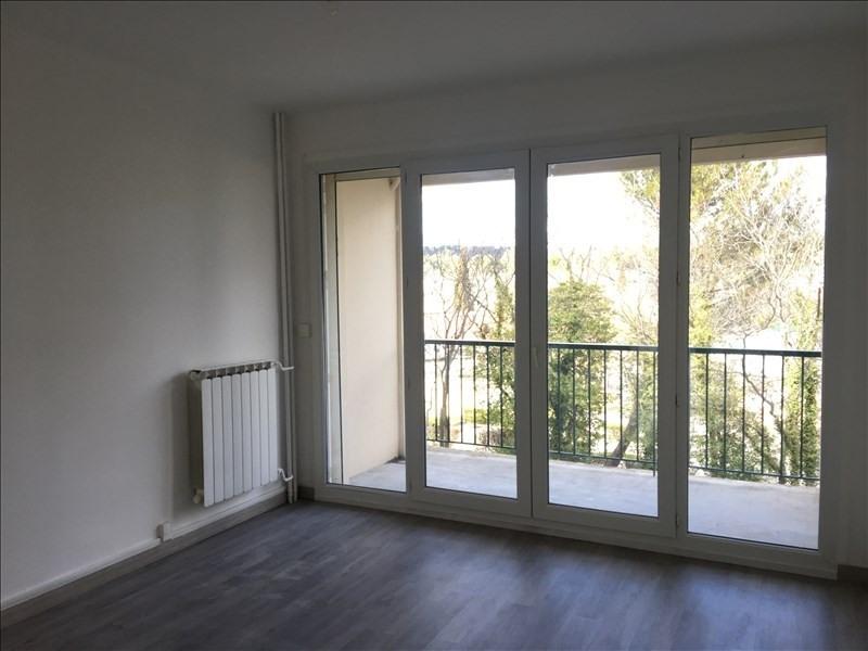 Rental apartment Aix en provence 875€ CC - Picture 4