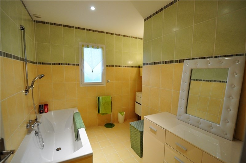 Sale house / villa Vue 262500€ - Picture 10