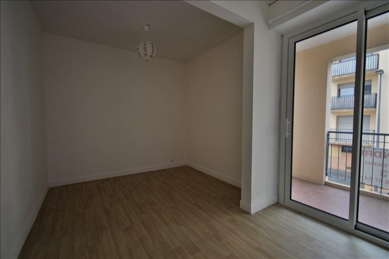 Sale apartment Pau 92000€ - Picture 3