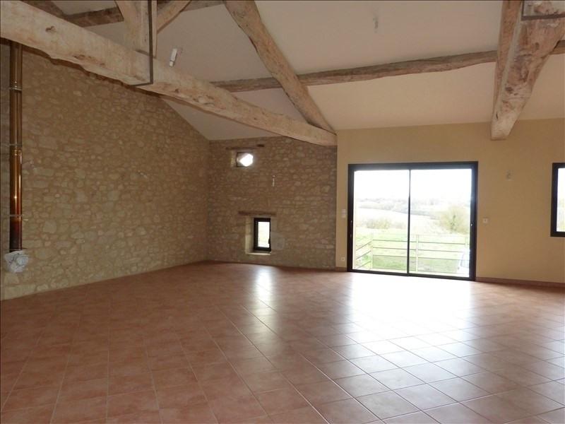 Rental house / villa Le cabanial 990€ CC - Picture 1
