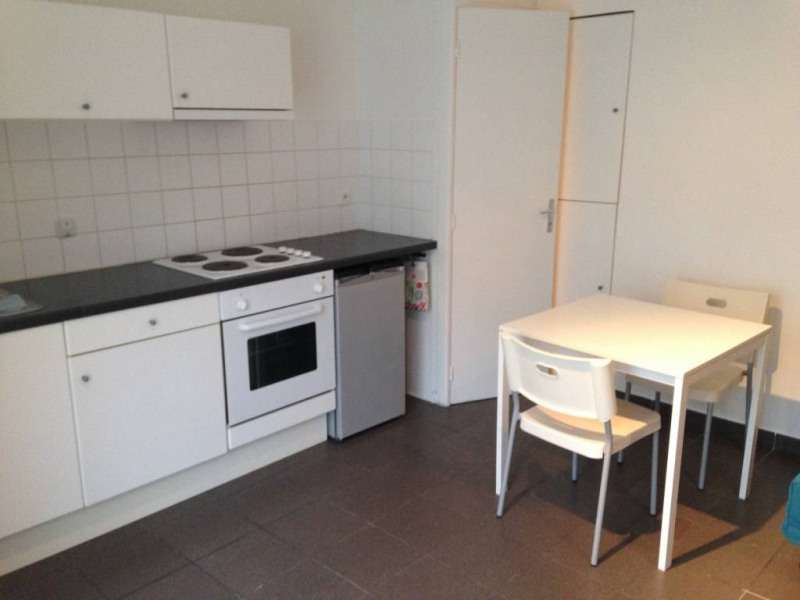 Location appartement Saint-laurent-du-pont 300€ CC - Photo 3