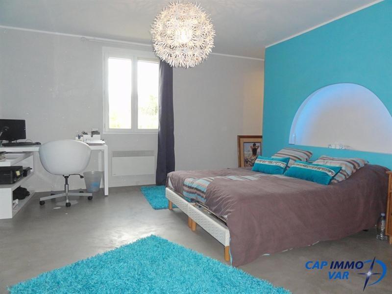 Vente maison / villa Meounes-les-montrieux 499000€ - Photo 10