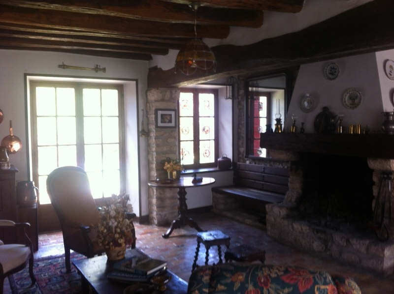 Vente maison / villa Secteur le chatelet 242 000€ - Photo 3
