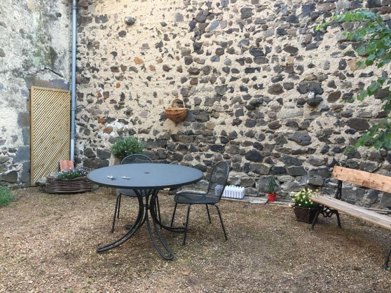 Sale house / villa Saint saturnin 53400€ - Picture 2