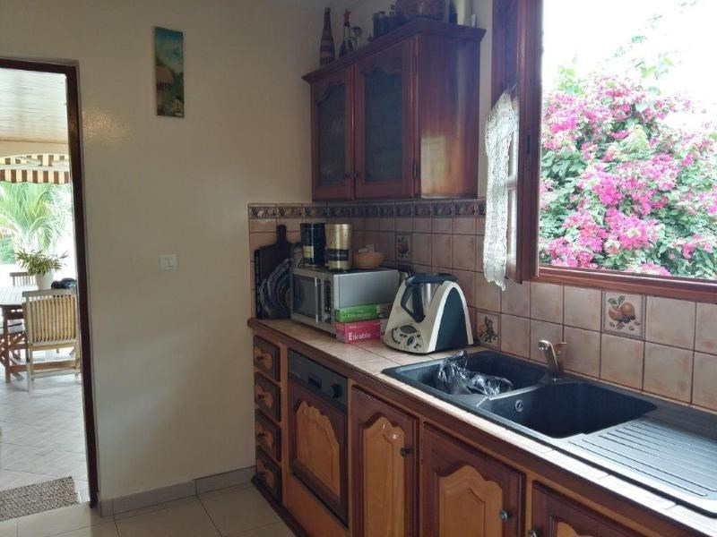 Sale house / villa Sainte anne 246 100€ - Picture 7