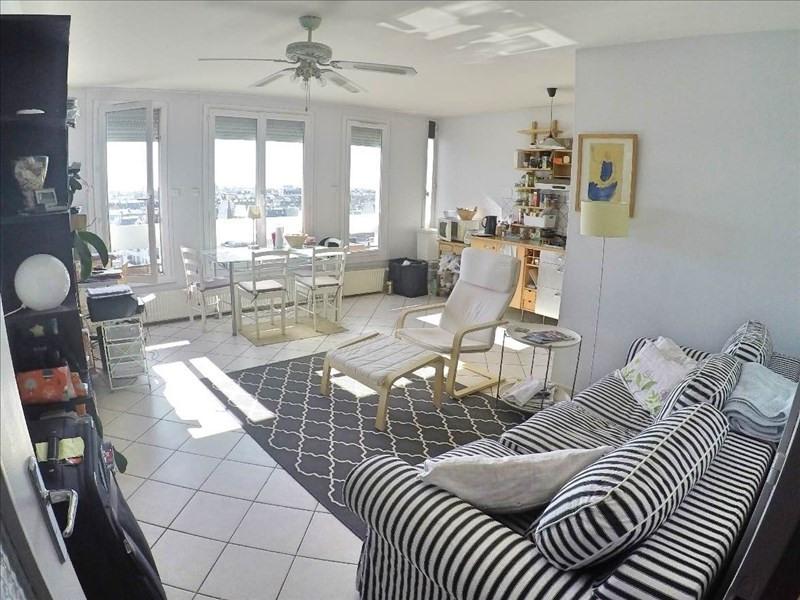 Sale apartment Paris 11ème 599000€ - Picture 2