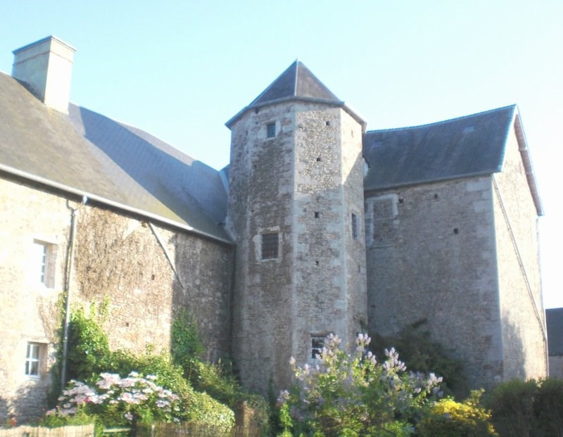 Deluxe sale chateau Periers 396000€ - Picture 4