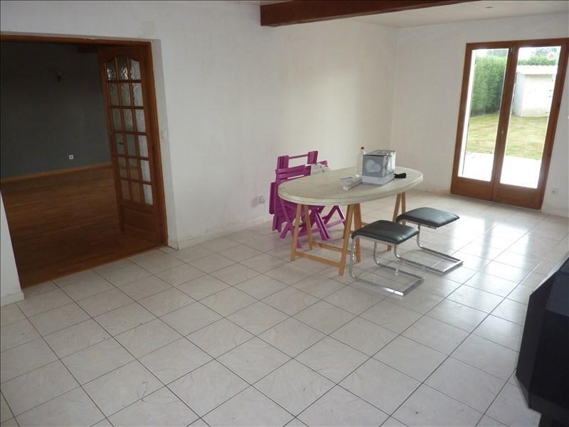 Sale house / villa Nanteuil le haudouin 200000€ - Picture 2