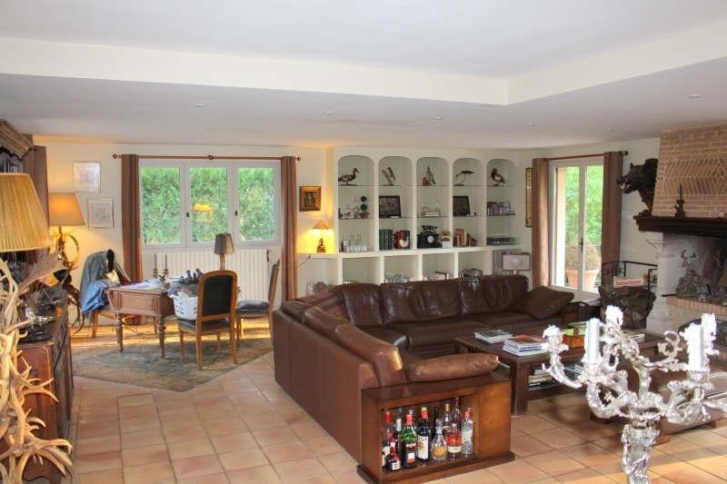 Deluxe sale house / villa Lamorlaye 990000€ - Picture 2