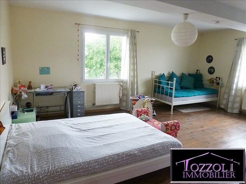 Sale house / villa Saint quentin fallavier 276000€ - Picture 4
