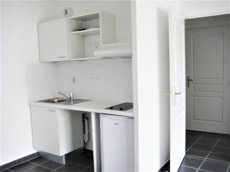 Location appartement Meyzieu 570€ CC - Photo 5