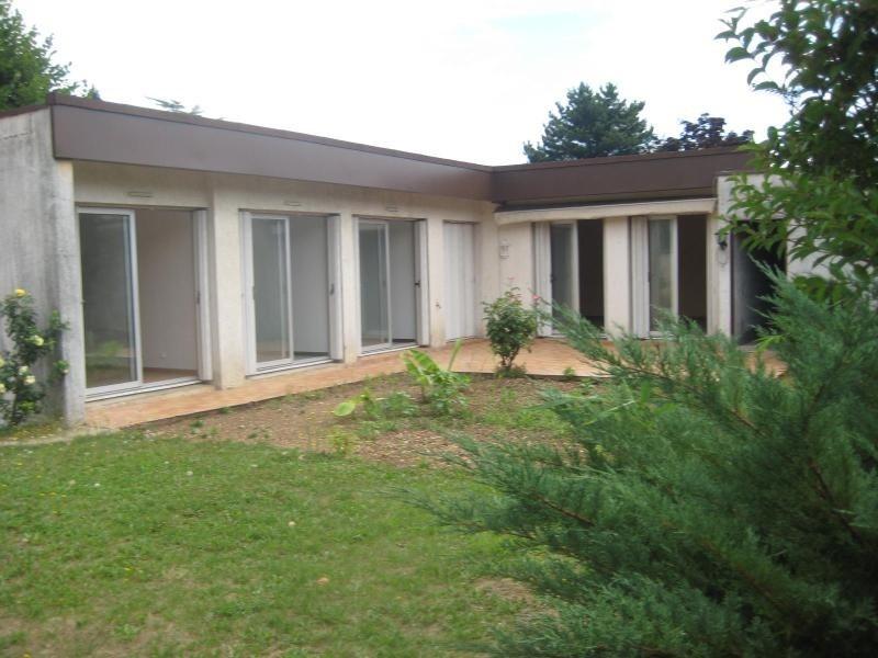 Location maison / villa Meyzieu 911€cc - Photo 1