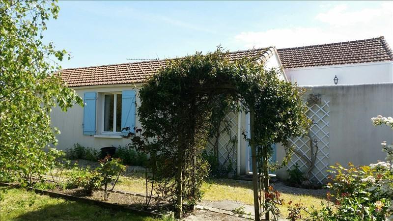Sale house / villa Thaire 231000€ - Picture 1