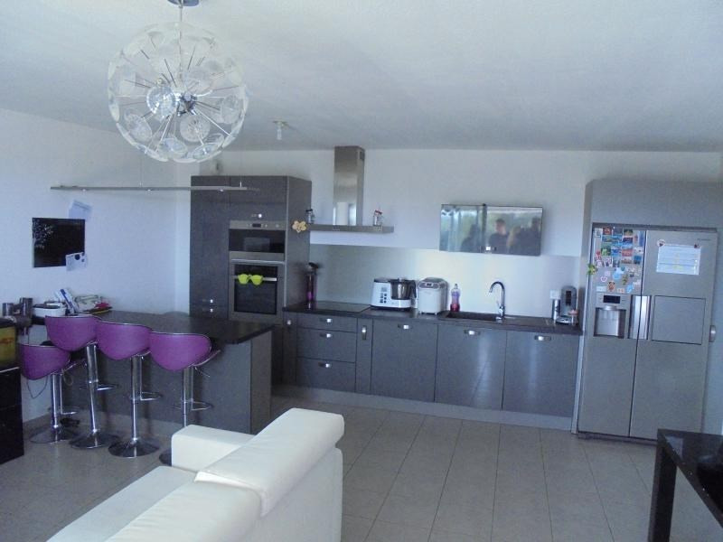 Sale apartment Aimargues 174000€ - Picture 4