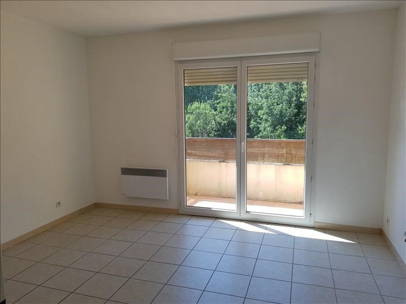 Sale apartment Aubagne 133 000€ - Picture 2