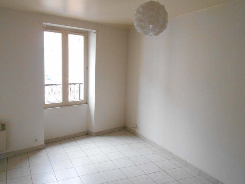 Location appartement Poissy 550€ CC - Photo 2