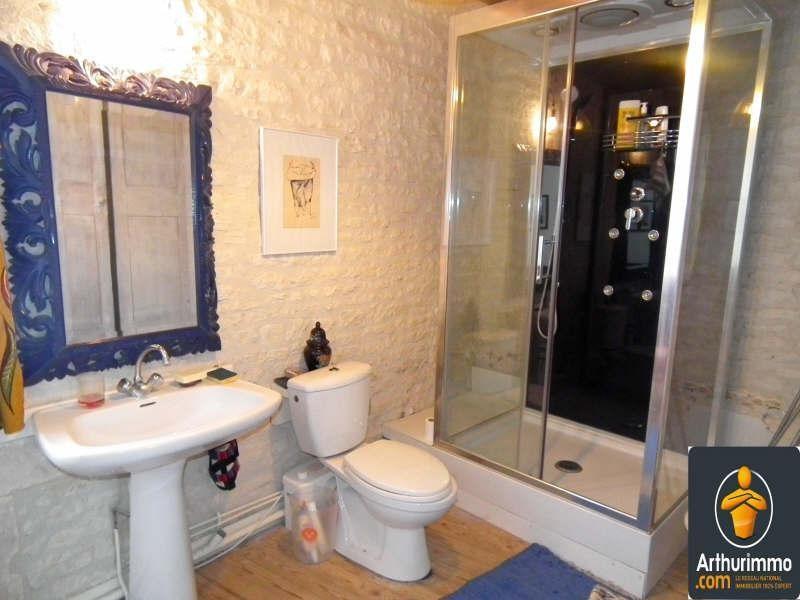 Sale house / villa Aumagne 70200€ - Picture 7
