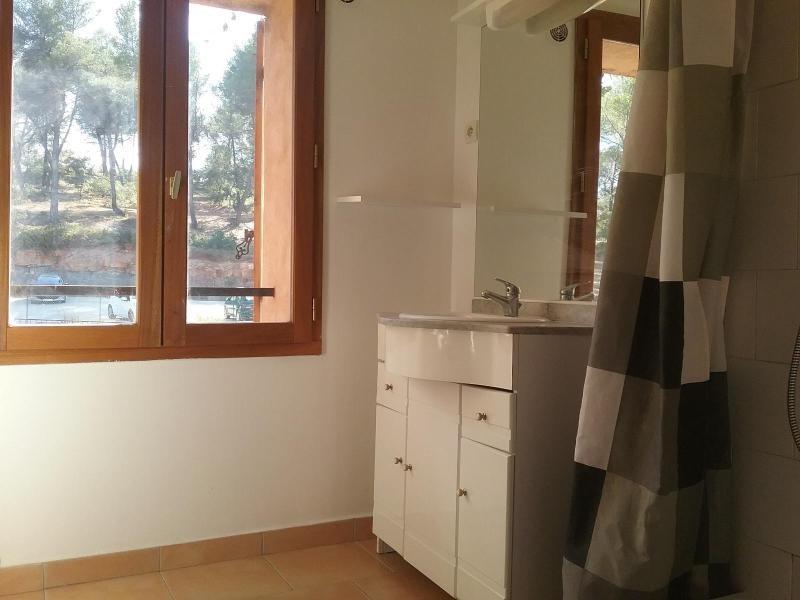 Location appartement Rousset 649€ CC - Photo 3