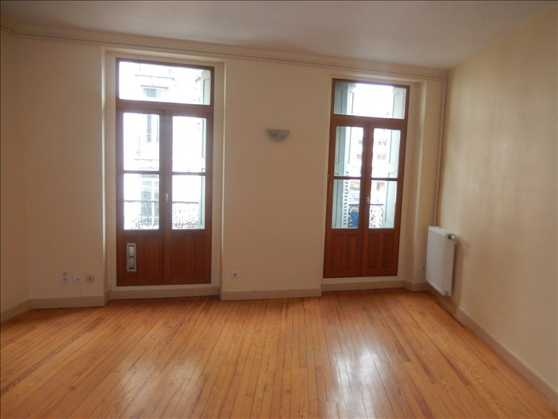 Location appartement Le puy en velay 336,79€ CC - Photo 1