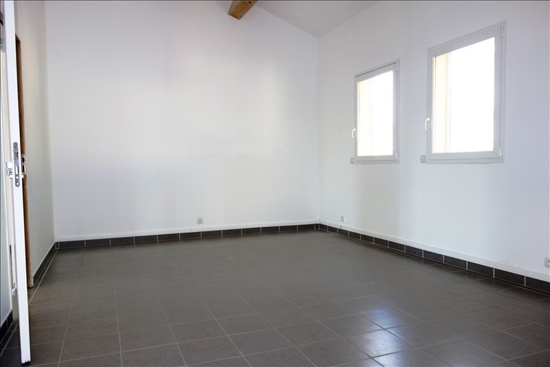Rental empty room/storage La londe les maures 3 000€ +CH/ HT - Picture 8