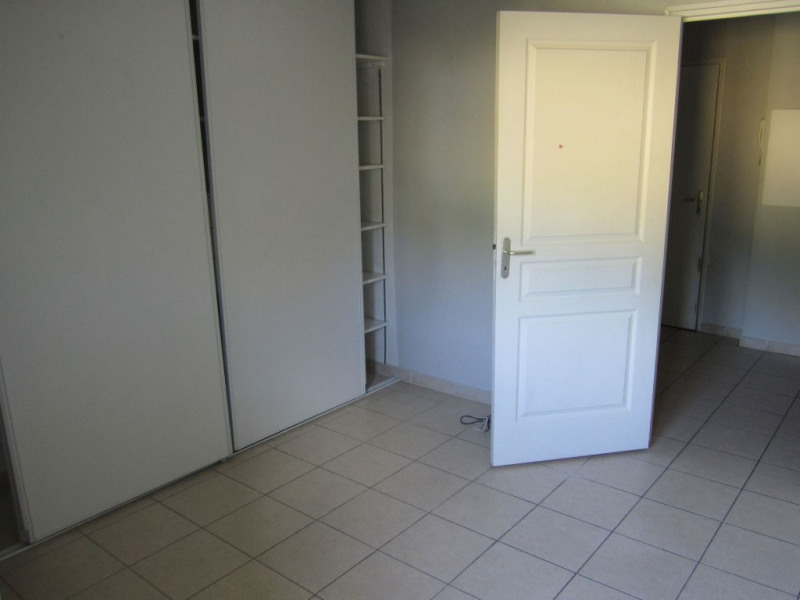 Rental apartment Nice 795€ CC - Picture 3