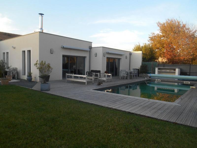 Deluxe sale house / villa La brede 668000€ - Picture 1