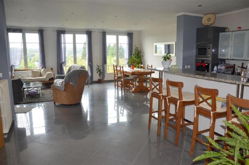 Sale house / villa Chartrettes 320000€ - Picture 1