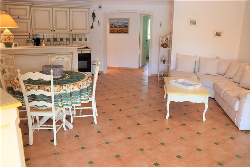 Sale apartment Cavalaire sur mer 388 000€ - Picture 3