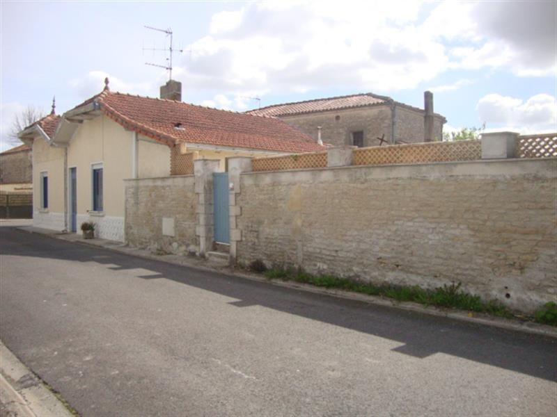 Vente maison / villa Matha 96 300€ - Photo 6