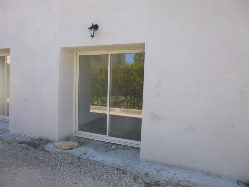 Location appartement Althen des paluds 700€ CC - Photo 1