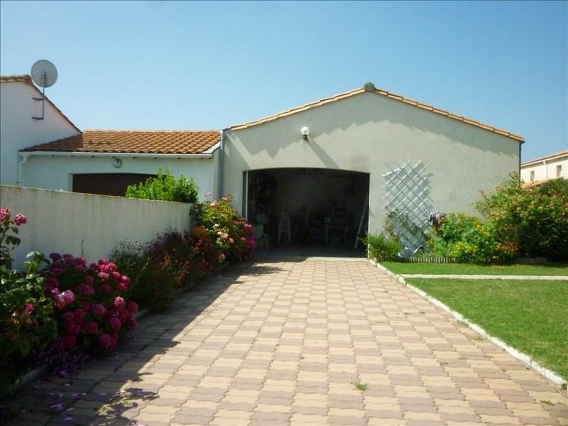 Vente maison / villa La bree les bains 298400€ - Photo 3