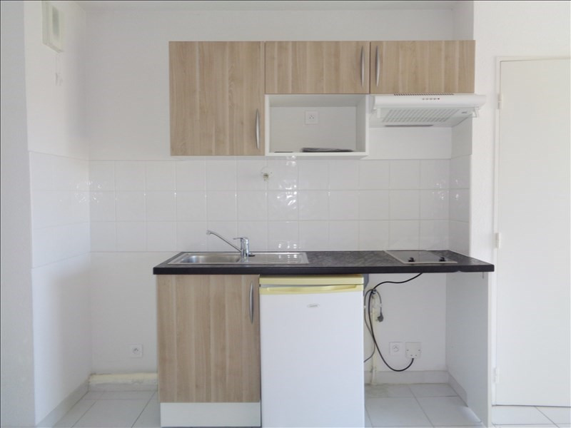 Location appartement Seyne sur mer 548€ CC - Photo 4