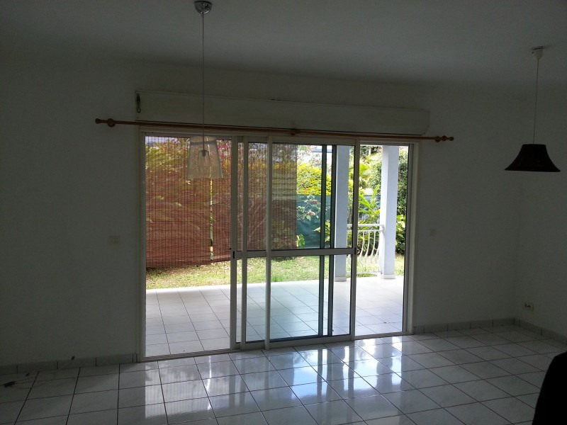 Rental house / villa Le tampon 900€ +CH - Picture 2