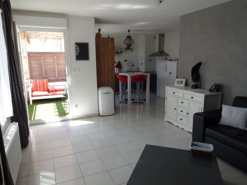 Sale apartment Monteux 147 000€ - Picture 3