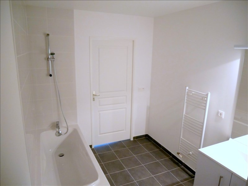 Rental apartment Le raincy 1390€ CC - Picture 5