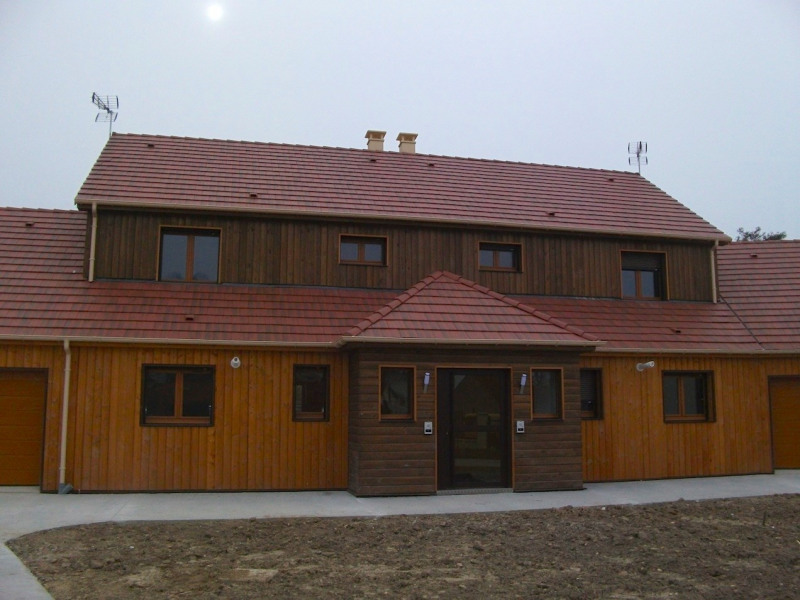 Rental house / villa Sivry courtry 1120€ CC - Picture 1
