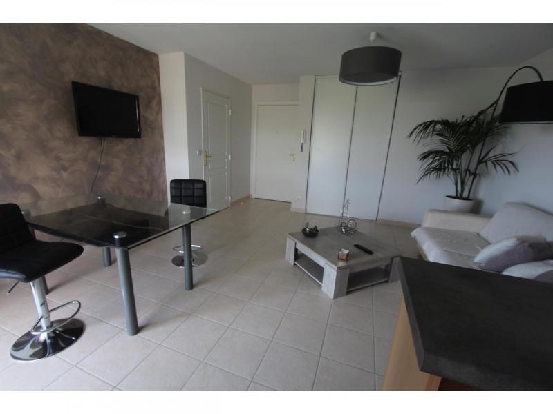 Rental apartment St laurent du var 830€ CC - Picture 3