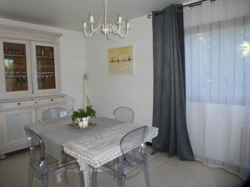 Rental apartment Nimes 820€ CC - Picture 2