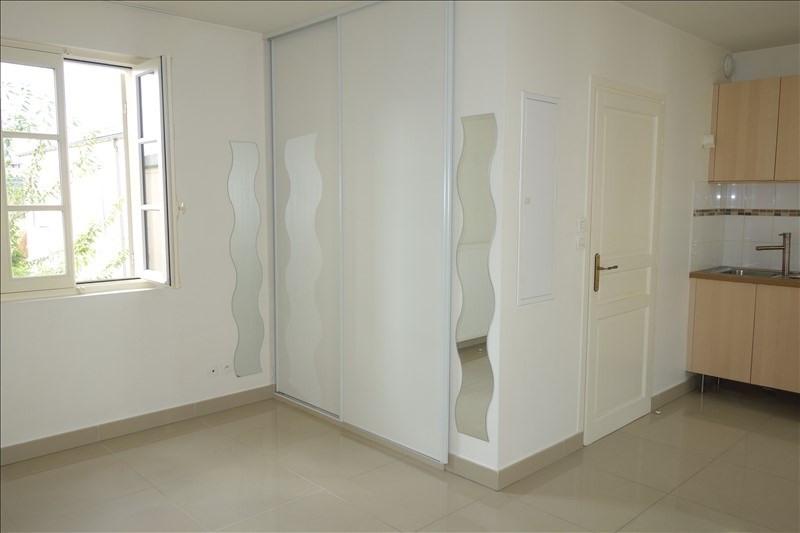 Location appartement Versailles 720€ CC - Photo 3